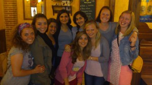 One final gathering of all the CIEE girls. (Photo Credit: Cristina Blanco)