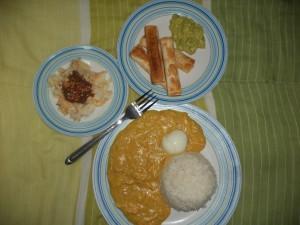 Tequenos, Aji de gallina  y Torta de coco