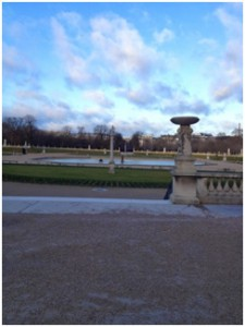 This is from my morning run the other day. It's the Luxembourg Gardens; just a quick 5 minutes from my apartment. I got the feeling this is where the wealthy older people run because I am very out of place there.