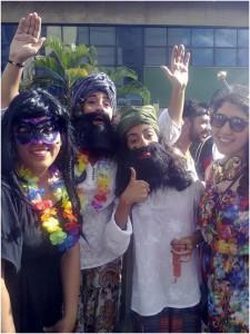 Gabriella, Izabel, Karol, and I fantasiadas at one of the many blocos